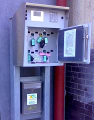 Schlüsseltresor mit PIN-Eingabefeld und Display